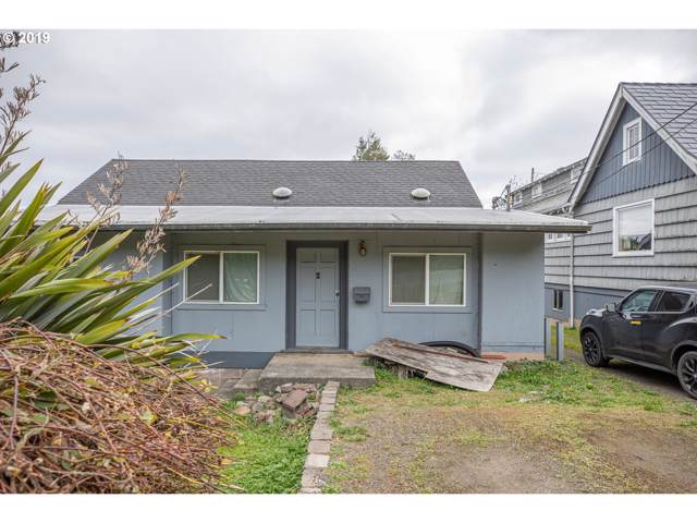 840 S 11th, Coos Bay, OR 97420 (MLS #19529114) :: Gregory Home Team | Keller Williams Realty Mid-Willamette