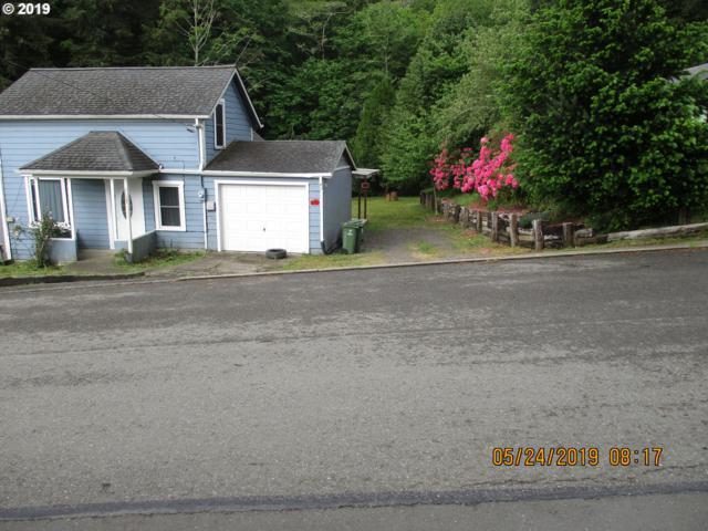 1685 N 8TH, Coos Bay, OR 97420 (MLS #19529306) :: Homehelper Consultants
