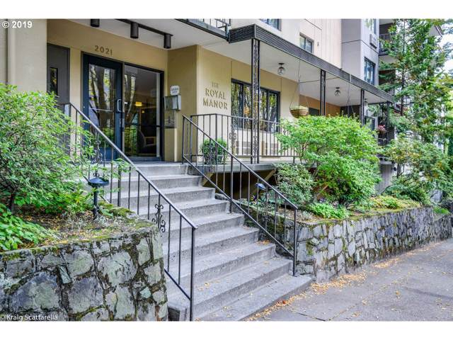 2021 SW Main St #25, Portland, OR 97205 (MLS #19532569) :: Next Home Realty Connection