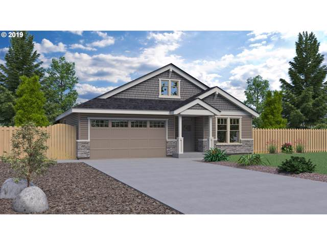 38490 Maple St, Sandy, OR 97055 (MLS #19534788) :: Song Real Estate