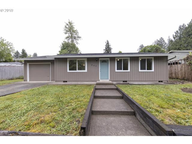 945 SW Lakeshore Dr, Estacada, OR 97023 (MLS #19536621) :: Next Home Realty Connection