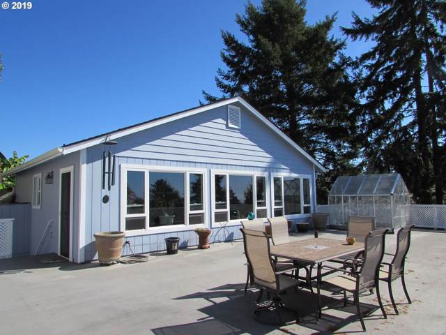 1230 Ransom Ave, Brookings, OR 97415 (MLS #19538236) :: Brantley Christianson Real Estate