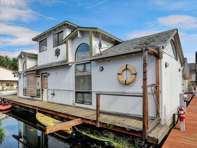 205 N Bridgeton Rd #4, Portland, OR 97217 (MLS #19538715) :: Fox Real Estate Group