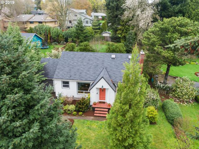2227 SW Troy St, Portland, OR 97219 (MLS #19539202) :: The Galand Haas Real Estate Team