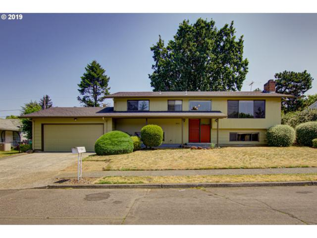 3046 SE 141ST Ave, Portland, OR 97236 (MLS #19539252) :: Fox Real Estate Group