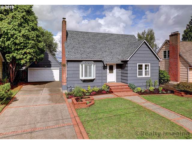 3511 NE Liberty St, Portland, OR 97211 (MLS #19539429) :: Fox Real Estate Group