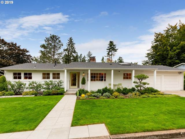 6825 SW Raleighwood Way, Portland, OR 97225 (MLS #19540351) :: Next Home Realty Connection