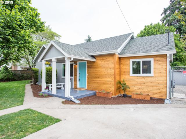 15560 SE Rainier Ave, Clackamas, OR 97015 (MLS #19544200) :: Matin Real Estate Group