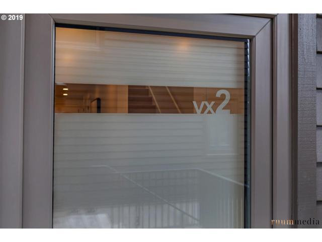 2035 SW Vermont #2, Portland, OR 97219 (MLS #19547279) :: McKillion Real Estate Group