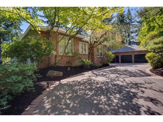 1699 Village Park Ln, Lake Oswego, OR 97034 (MLS #19550863) :: Fox Real Estate Group
