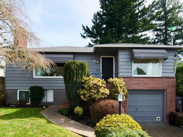 6906 SW 4TH Ave, Portland, OR 97219 (MLS #19551141) :: McKillion Real Estate Group