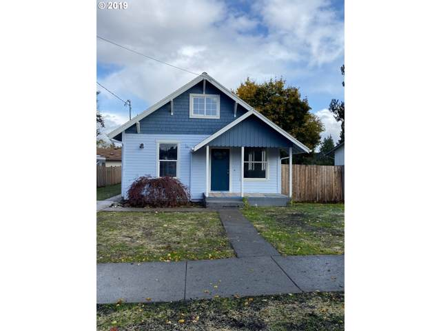 2217 D St, Forest Grove, OR 97116 (MLS #19552192) :: Cano Real Estate