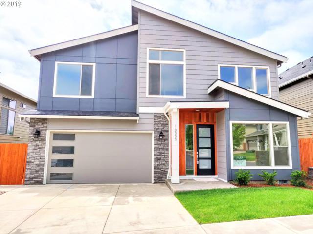 16555 SE Eckert Ln, Damascus, OR 97089 (MLS #19552408) :: McKillion Real Estate Group