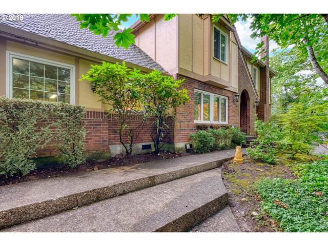 1736 Palisades Terrace Dr, Lake Oswego, OR 97034 (MLS #19552856) :: TK Real Estate Group