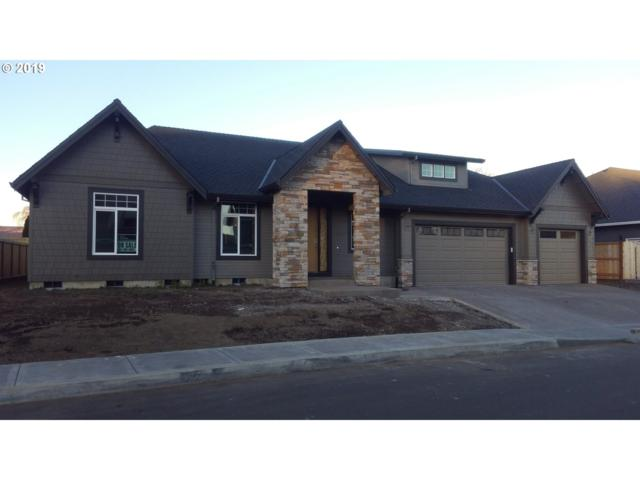 730 NW 11TH Ave, Canby, OR 97013 (MLS #19554582) :: Fox Real Estate Group