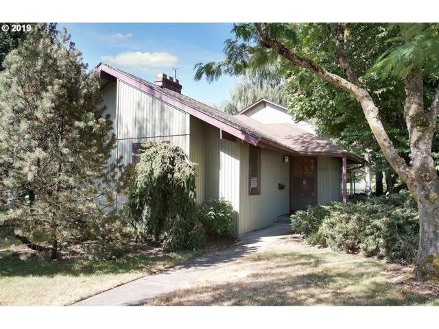 5305 SE 34TH Ave, Portland, OR 97202 (MLS #19555471) :: Homehelper Consultants