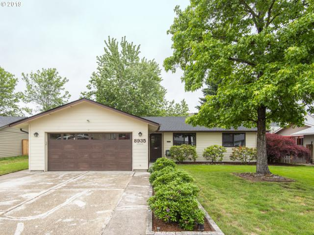 8935 SW Hamlet St, Tigard, OR 97224 (MLS #19556345) :: Fox Real Estate Group