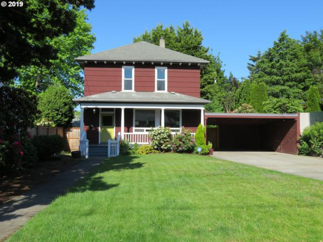 317 SE 52ND Ave, Portland, OR 97215 (MLS #19557107) :: Townsend Jarvis Group Real Estate