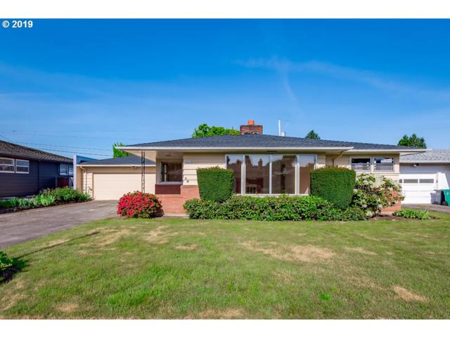 2825 SE 69TH Ave, Portland, OR 97206 (MLS #19558531) :: Townsend Jarvis Group Real Estate