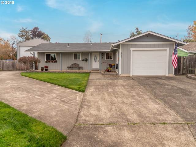 2550 S 4TH St, Lebanon, OR 97355 (MLS #19560494) :: Gregory Home Team | Keller Williams Realty Mid-Willamette