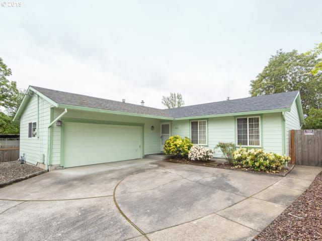 2315 SE 124TH Ave, Portland, OR 97233 (MLS #19564055) :: The Sadle Home Selling Team