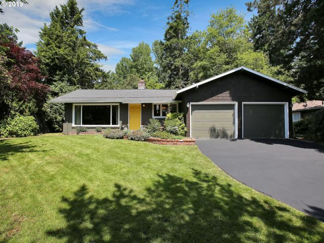 1255 Bayberry Rd, Lake Oswego, OR 97034 (MLS #19564691) :: Realty Edge