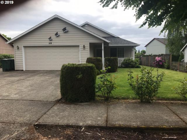 1119 S Hawthorne St, Forest Grove, OR 97116 (MLS #19568018) :: Next Home Realty Connection