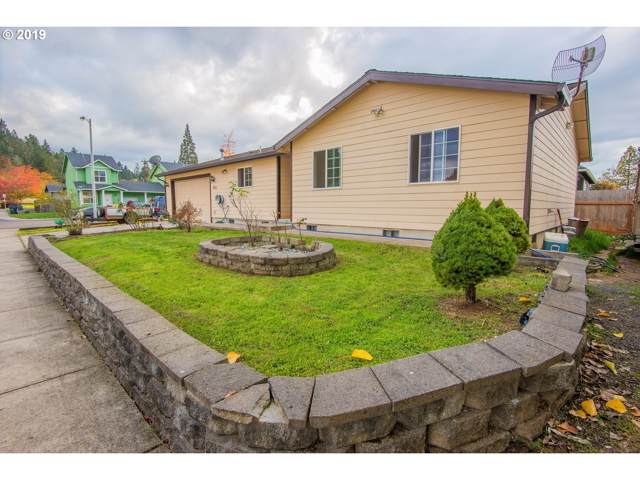 503 S 9TH St, Creswell, OR 97426 (MLS #19568751) :: Song Real Estate