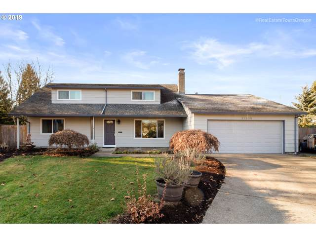 21300 SW Lenore Ct, Aloha, OR 97003 (MLS #19570411) :: Cano Real Estate