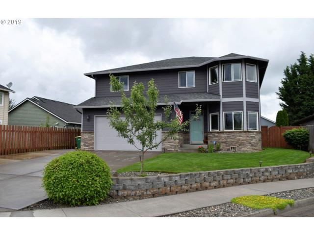 979 SW 15TH Ct, Troutdale, OR 97060 (MLS #19571388) :: R&R Properties of Eugene LLC