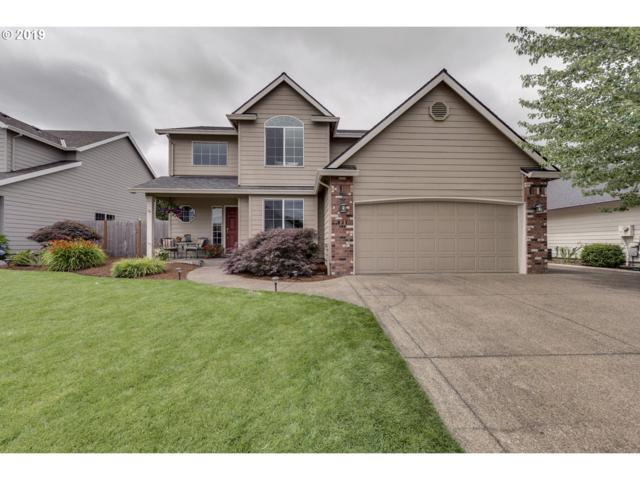 831 S Ponderosa St, Canby, OR 97013 (MLS #19572399) :: Fox Real Estate Group