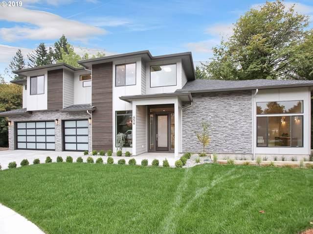 656 SW Stephenson St, Portland, OR 97219 (MLS #19572932) :: McKillion Real Estate Group