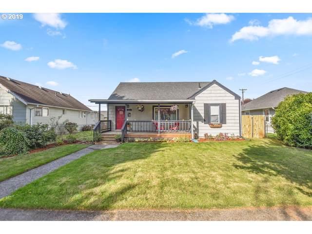 561 18TH Ave, Longview, WA 98632 (MLS #19573637) :: Homehelper Consultants