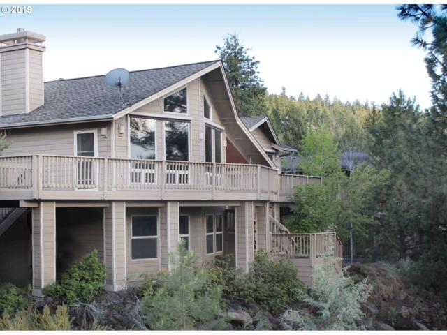 3200 NW Underhill Pl, Bend, OR 97703 (MLS #19574510) :: Fox Real Estate Group