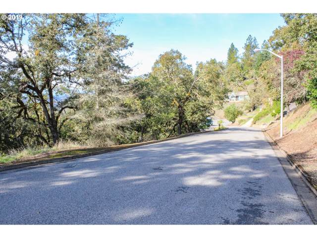 1375 SE Laurel Ct #9000, Roseburg, OR 97470 (MLS #19576629) :: Cano Real Estate