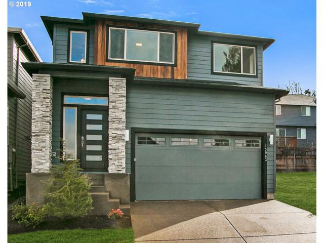 15879 SE Tallina, Damascus, OR 97089 (MLS #19579280) :: Townsend Jarvis Group Real Estate