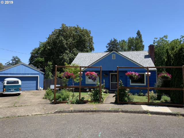 280 S M St, Cottage Grove, OR 97424 (MLS #19579663) :: The Lynne Gately Team