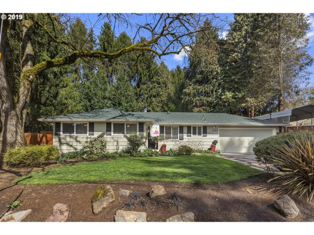 1250 Dollar St, West Linn, OR 97068 (MLS #19582085) :: The Galand Haas Real Estate Team