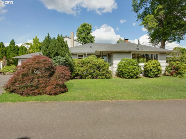 4221 SE Concord Rd, Milwaukie, OR 97267 (MLS #19582707) :: Fox Real Estate Group
