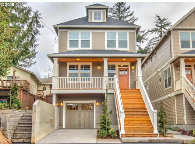 7868 SW 30TH Ave, Portland, OR 97219 (MLS #19585818) :: The Liu Group