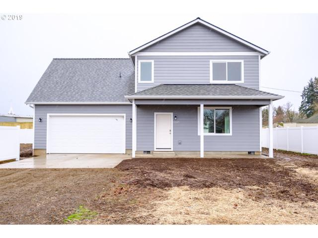 1145 S 9th St, Lebanon, OR 97355 (MLS #19586483) :: Fox Real Estate Group