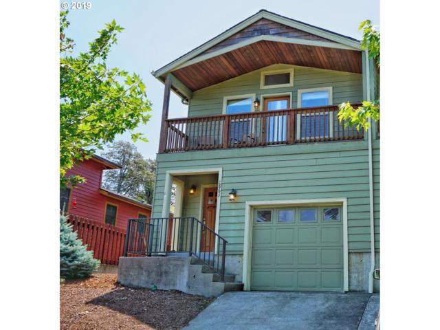 2863 Hazel Ave, Hood River, OR 97031 (MLS #19587530) :: Stellar Realty Northwest