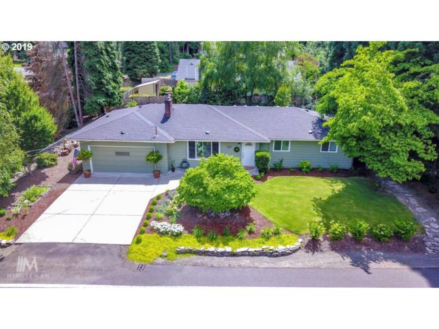 3780 Cedaroak Dr, West Linn, OR 97068 (MLS #19587915) :: Brantley Christianson Real Estate
