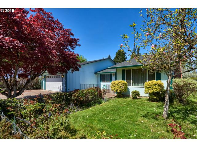 256 NE Kingwood Ct, Mcminnville, OR 97128 (MLS #19589284) :: Song Real Estate