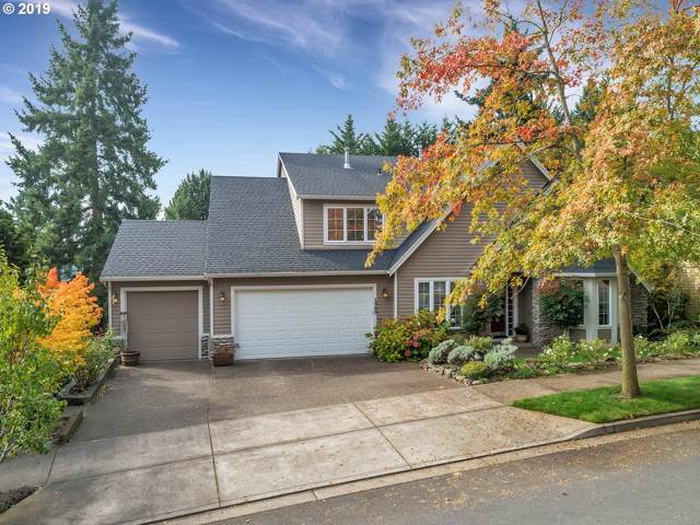 1960 Alpine Dr, West Linn, OR 97068 (MLS #19589509) :: Homehelper Consultants