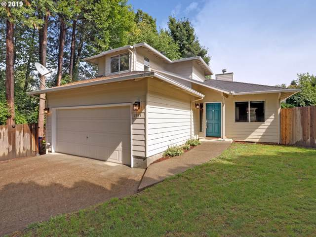 7934 SW 64TH Ave, Portland, OR 97219 (MLS #19593710) :: Brantley Christianson Real Estate