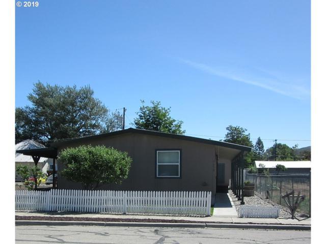 1652 8TH St, Baker City, OR 97814 (MLS #19593795) :: Homehelper Consultants