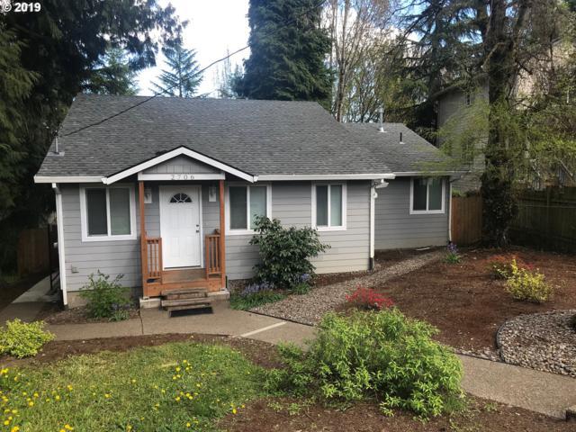 2706 SE Lakewood Dr, Milwaukie, OR 97222 (MLS #19595150) :: McKillion Real Estate Group