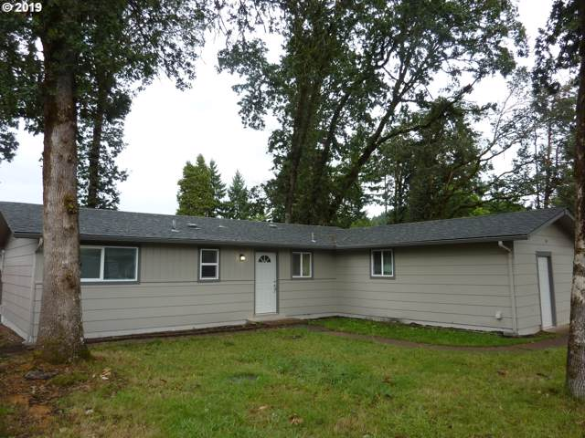 320 N 16TH St, Cottage Grove, OR 97424 (MLS #19596962) :: Change Realty