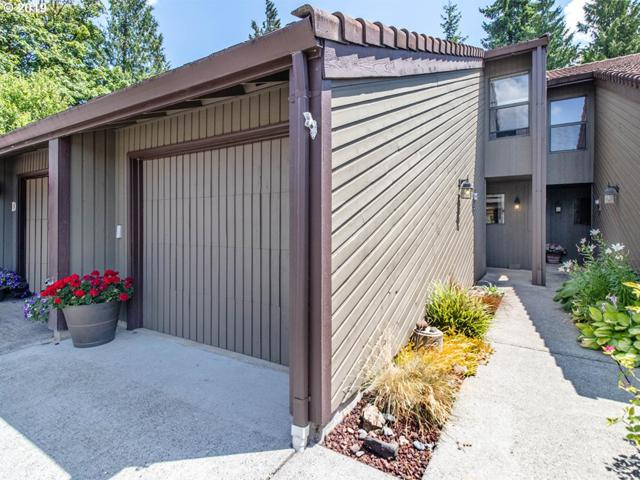 13846 NW 10TH Ct, Vancouver, WA 98685 (MLS #19600577) :: Cano Real Estate